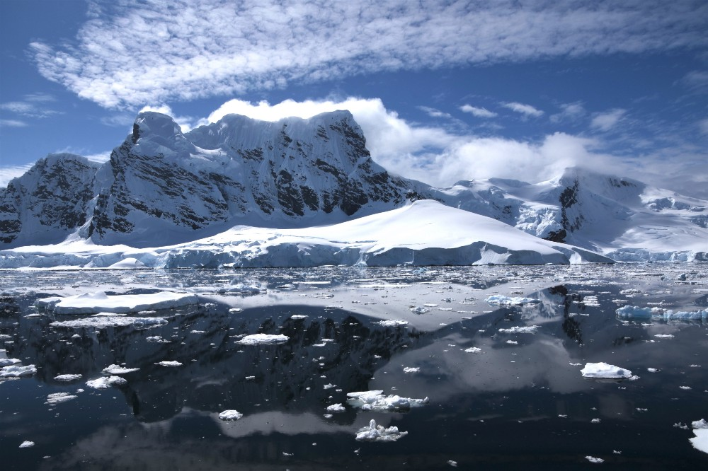 Rising temperatures are melting Antarctica. CREDIT: Anne Christianson.
