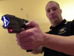 police-officer-taser