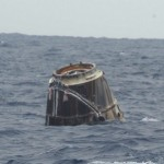 SpaceX Dragon capsule splashes to a safe landing in the Pacific