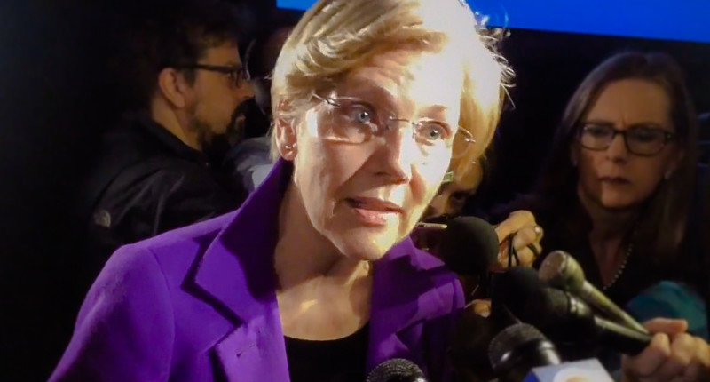 Elizabeth Warren speaks to reporters at MLK Breakfast in Boston (Gintautas Dumcius/Twitter).