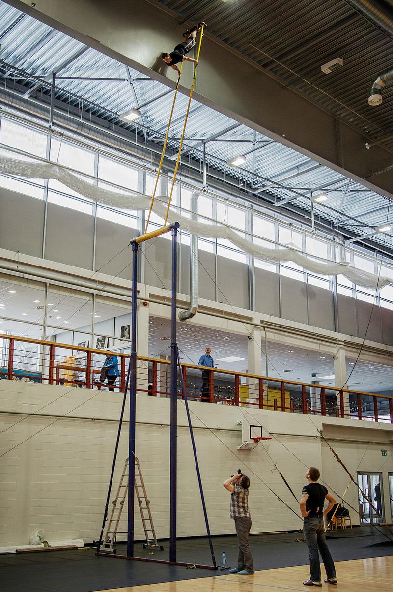 Indoor kiiking is also an option. Eesti Kiikingi Liit/CC BY-SA 3.0.