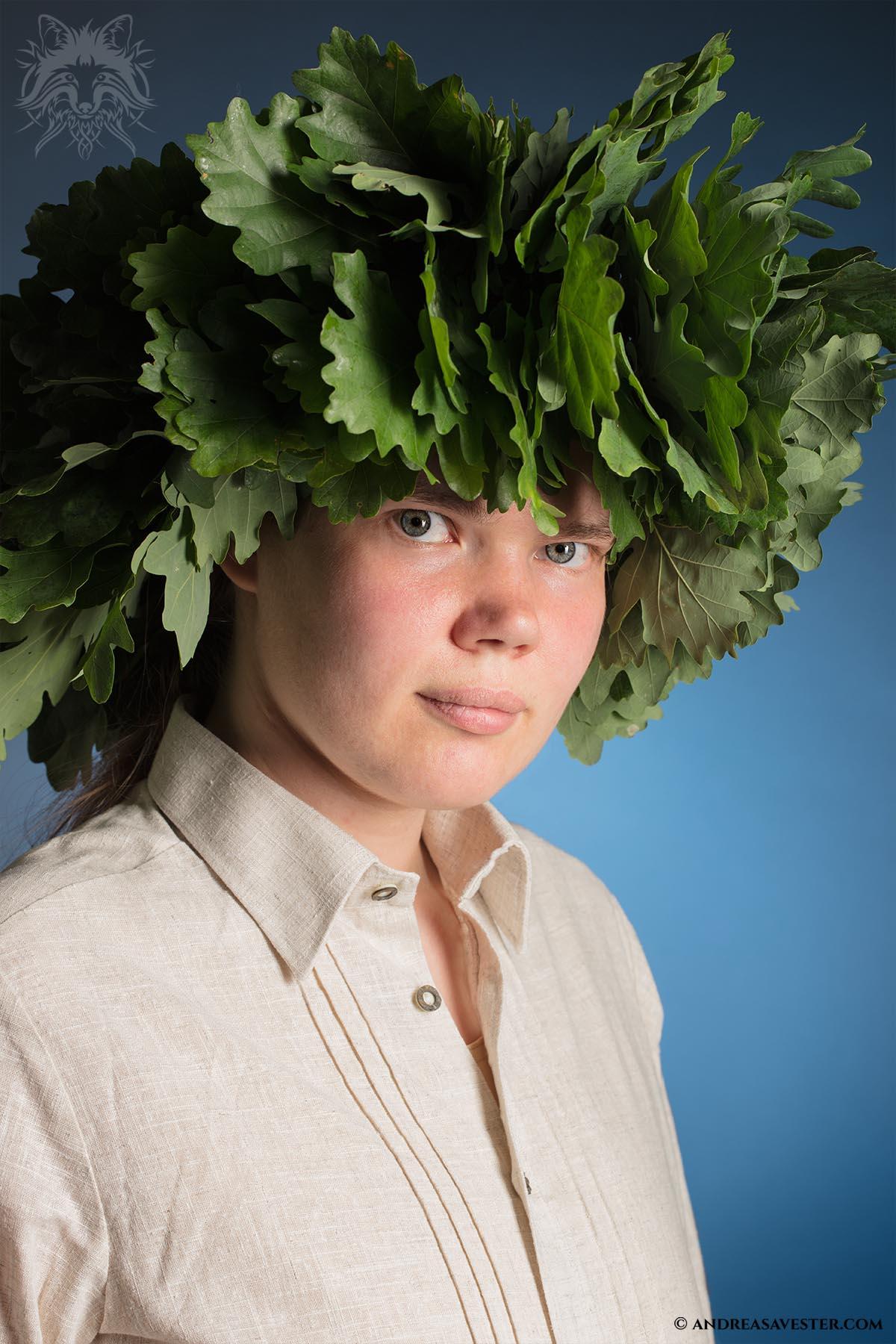Oak leaf wreath