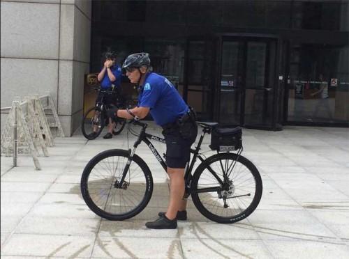 cops_on_bikes