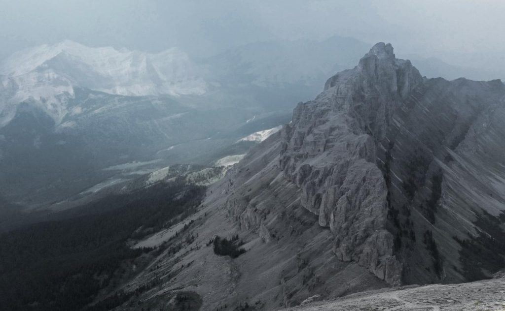 The view from the final ascent of Crowsnest Mountain.