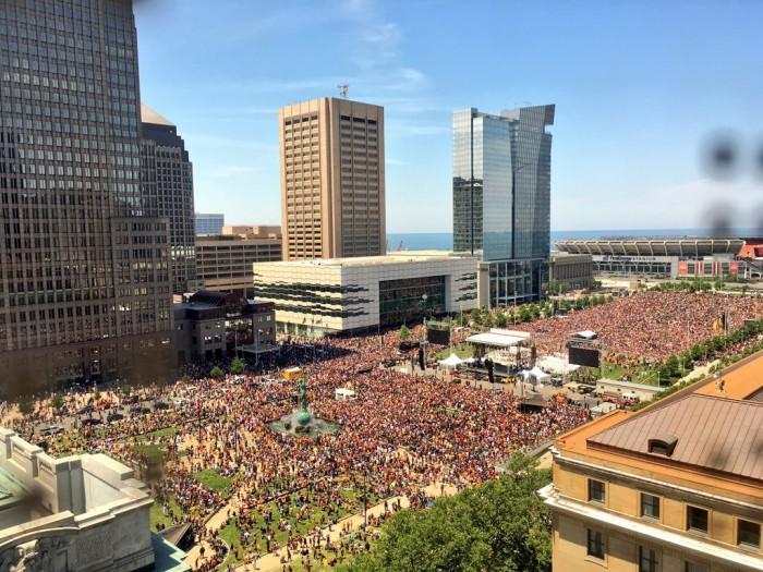 Cavaliers parade