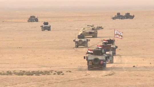 Iraqi forces besiege Mosul