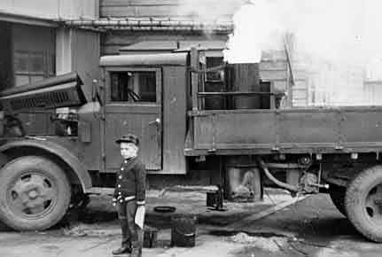 Japanese coal-gas powered truck