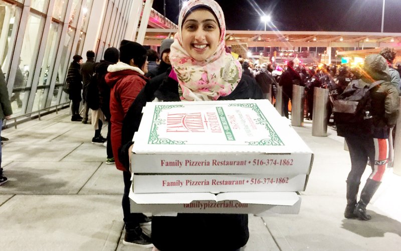pizza and hijab