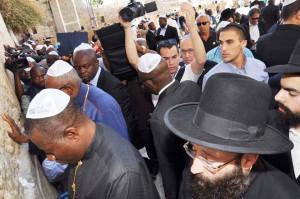 PRESIDENT-GOODLUCK-JONATHAN-IN-ISRAEL9